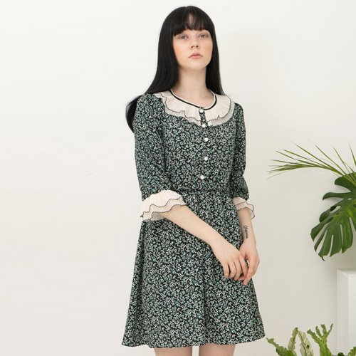민타레트로 Barbie Green Ruffle Dress