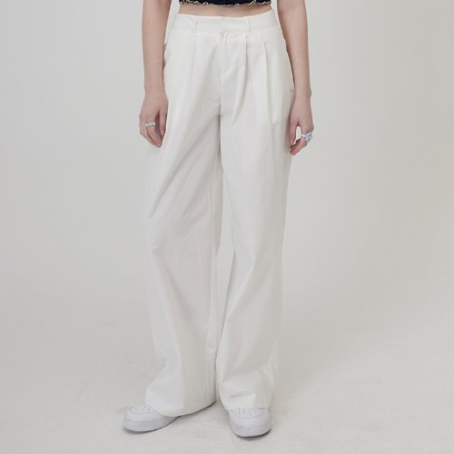 매치글로브 MG0S TWO TUCK WIDE PANTS(WHITE)